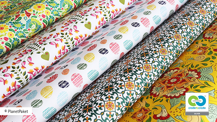 Cradle to Cradle certified™ wrapping paper for christmas designed by PlanetPaket, printed by gugler* in Melk